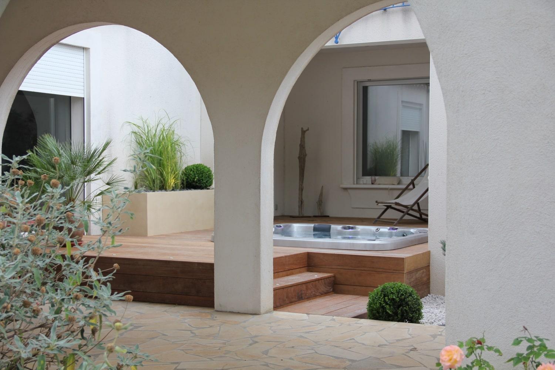 aménagement terrasse spa extérieur