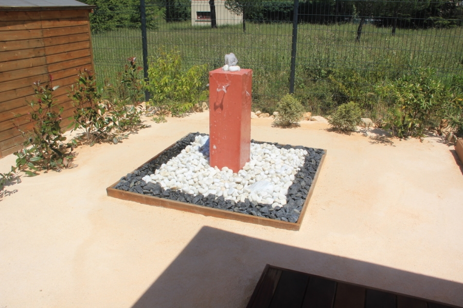 fontaine de jardin en béton ciré marius aurenti