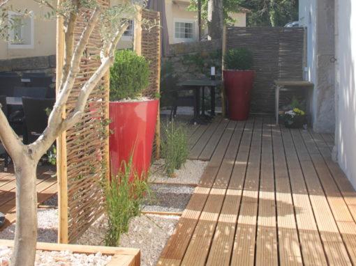 Une terrasse haute en couleur